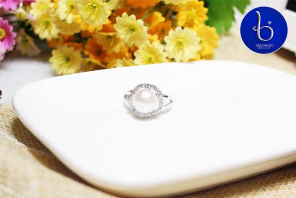 nhẫn vàng trắng nữ đẹp-03